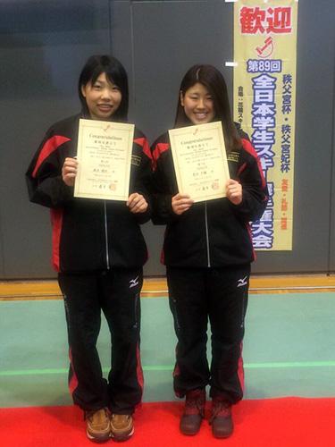 (女子10kmクラシカル競技)4位高木(右)、7位の菅井