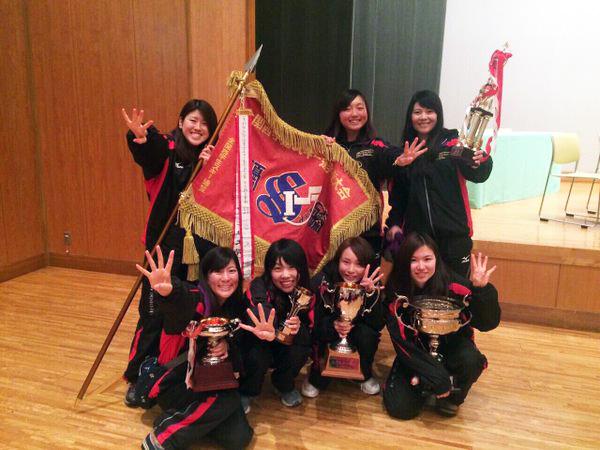 全関西総合4連覇達成の女子