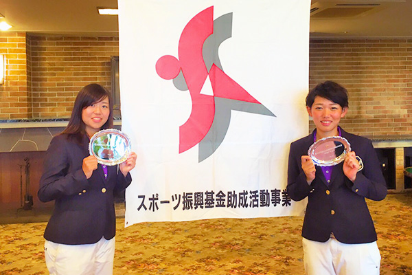 渕野ひかる(左) 松田なつき(右)