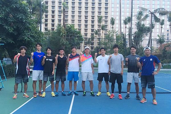 男子代表チーム 写真の左から5人目が増田氏(7月5・6日のジャカルタ合宿時に撮影)