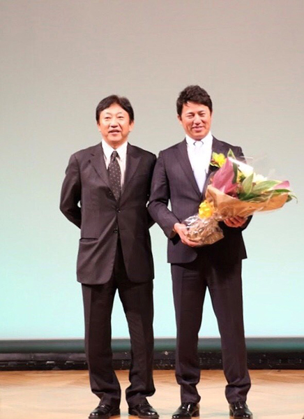 平石監督と田尾元監督