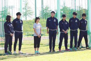 世界陸上へ向け出発前に京田辺の練習場で陸上競技部から田中選手にエールが送られた